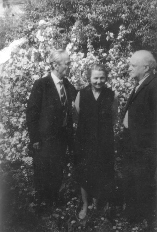 Leon Kalustian, sora sa Satenig Kalustian și Nicolae Carandino